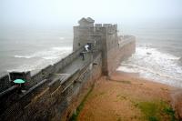 Здесь заканчивается Великая Китайская стена