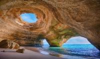 Пещера Algar de Benagil, Португалия