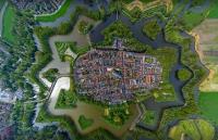 Город-крепость Наарден,Голландия