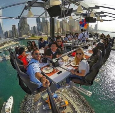 Dinner in the sky. Dubai, UAE